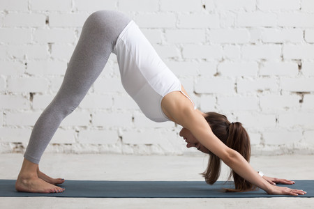 Los beneficios del yoga para tratar tus várices